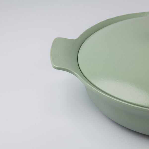 Covered sauté pan cast iron green 28 cm - Ron