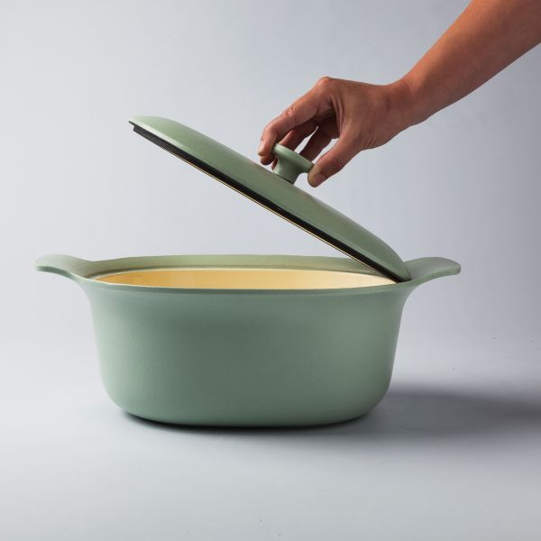 Oval covered casserole green 28 x 22 cm - Ron